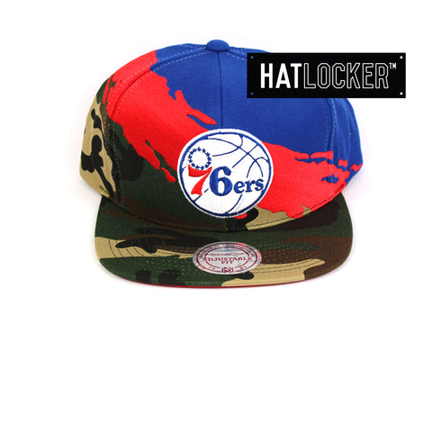 Mitchell & Ness Philadelphia 76ers Camo Paintbrush Red Blue Snapback Hat
