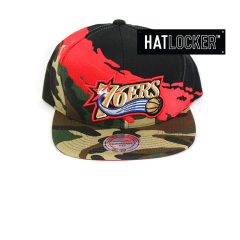 Mitchell & Ness Philadelphia 76ers Camo Paintbrush Red Black Snapback Hat