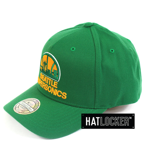 Mitchell & Ness Seattle SuperSonics 110 Retro Team Curved Snapback Hat