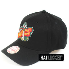 Mitchell & Ness Seattle Supersonics 110 Pinch Panel Curved Snapback