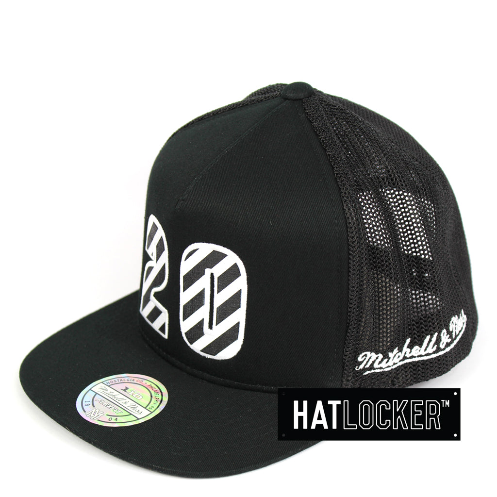 Mitchell & Ness Seattle Supersonics Name & Number Snapback Hat