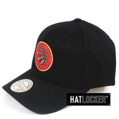 Mitchell & Ness Toronto Raptors 110 Pinch Panel Curved Snapback Hat