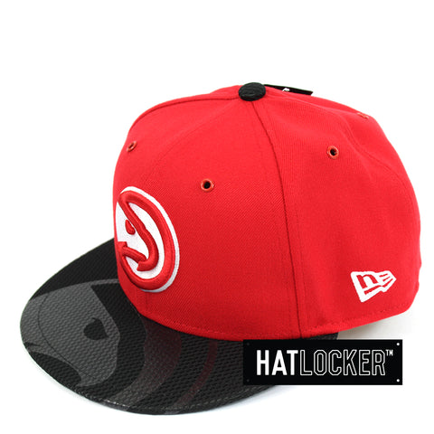 New Era Atlanta Hawks On-Court Emblem Collection Snapback Hat