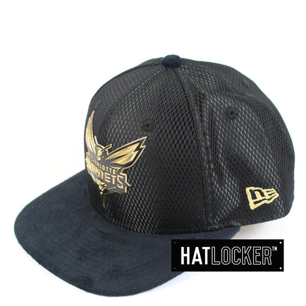 New Era - Charlotte Hornets On-Court Black Gold Snapback