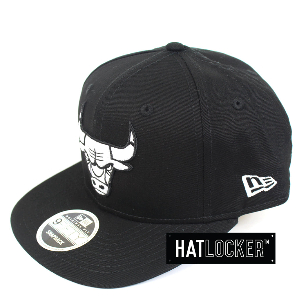 New Era Chicago Bulls Chi-Town B&W Snapback Hat