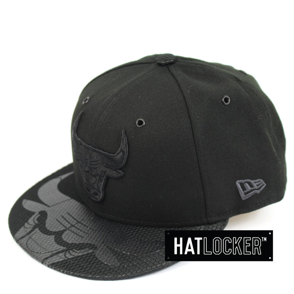 New Era Chicago Bulls On Court Black Collection Snapback Hat