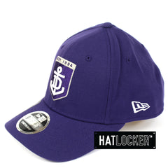 New Era Fremantle Dockers 2019 Core Precurved Snapback Hat
