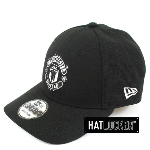 Hat Locker Australia New Era EPL Manchester United Black White Curved Hat Side