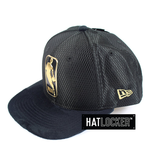 New Era - NBA Logo On-Court Black Gold Snapback