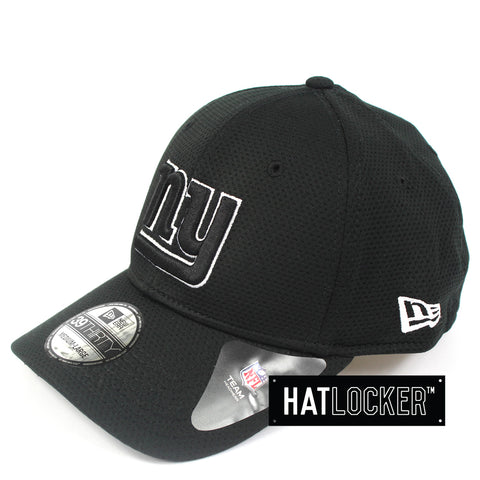 New Era New York Giants Black White Performance Curved Brim Hat