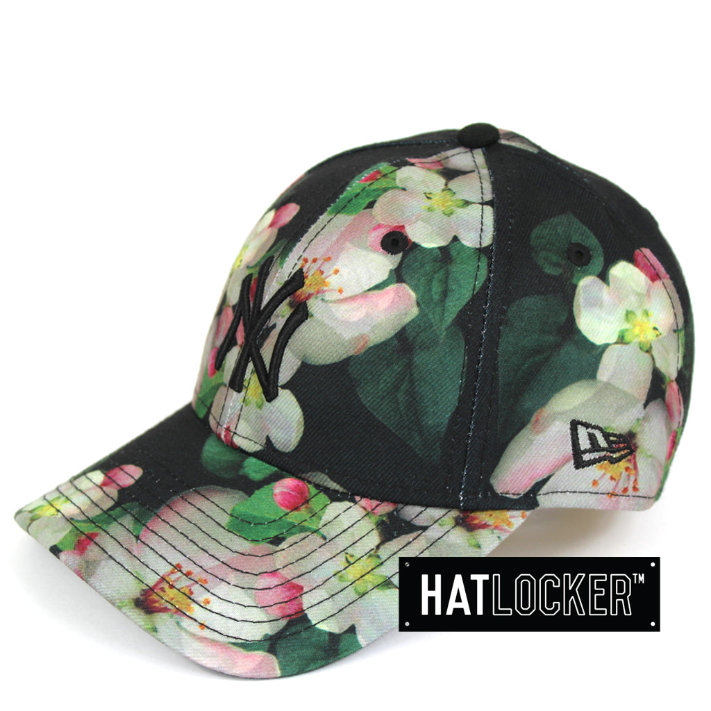 fe345601044a9 New Era Womens New York Yankees Black Floral Curved Brim
