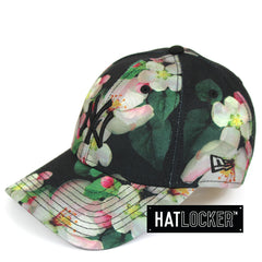 New Era Womens New York Yankees Black Floral Curved Brim