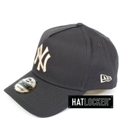 New Era New York Yankees Dark Graphite Stone Curved Snapback