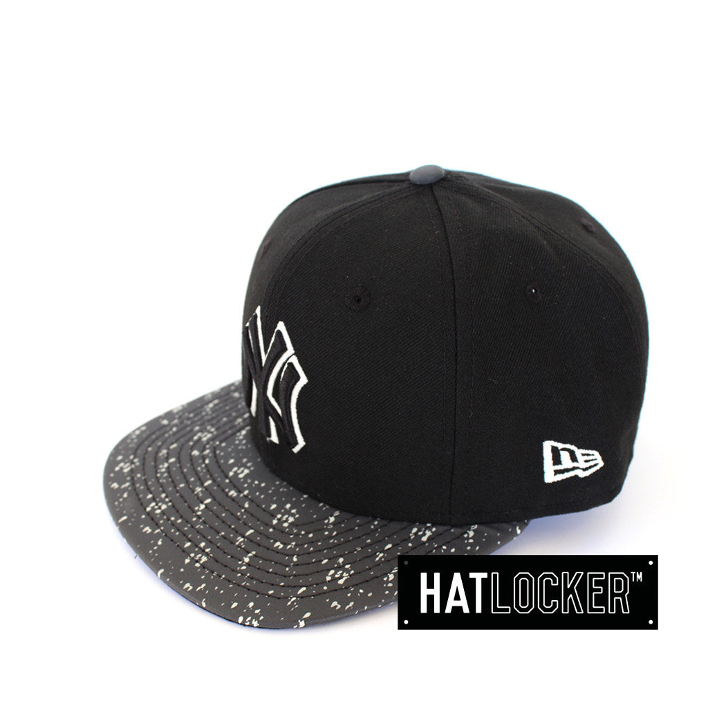 New Era New York Yankees Glogo Black Strapback