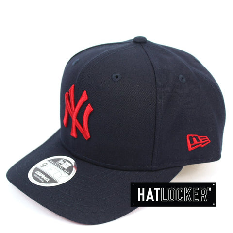 New Era New York Yankees Navy Scarlett Precurved Snapback