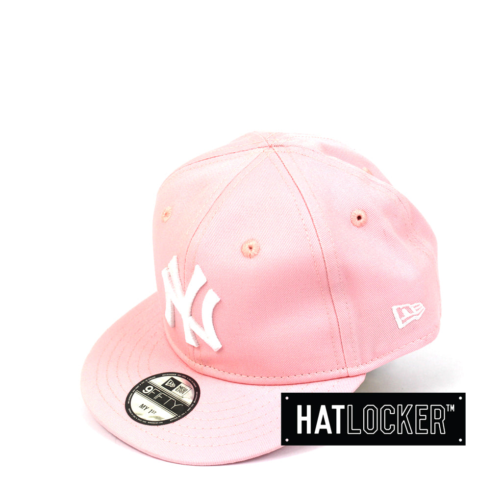62aedf74c3d New Era New York Yankees Pink My 1st Baseball Snapback Hat
