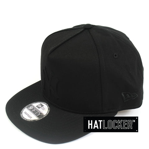 New Era New York Yankees Tonal Gel Black Snapback Cap