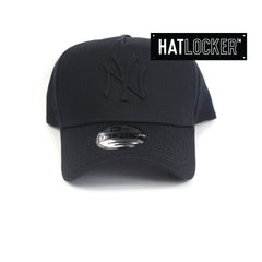 New Era New York Yankees Tonal Gel Navy Curved Snapback Hat