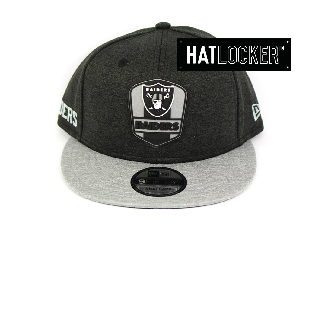 New Era Oakland Raiders 2018 Official Sideline Snapback Cap 024c72d13