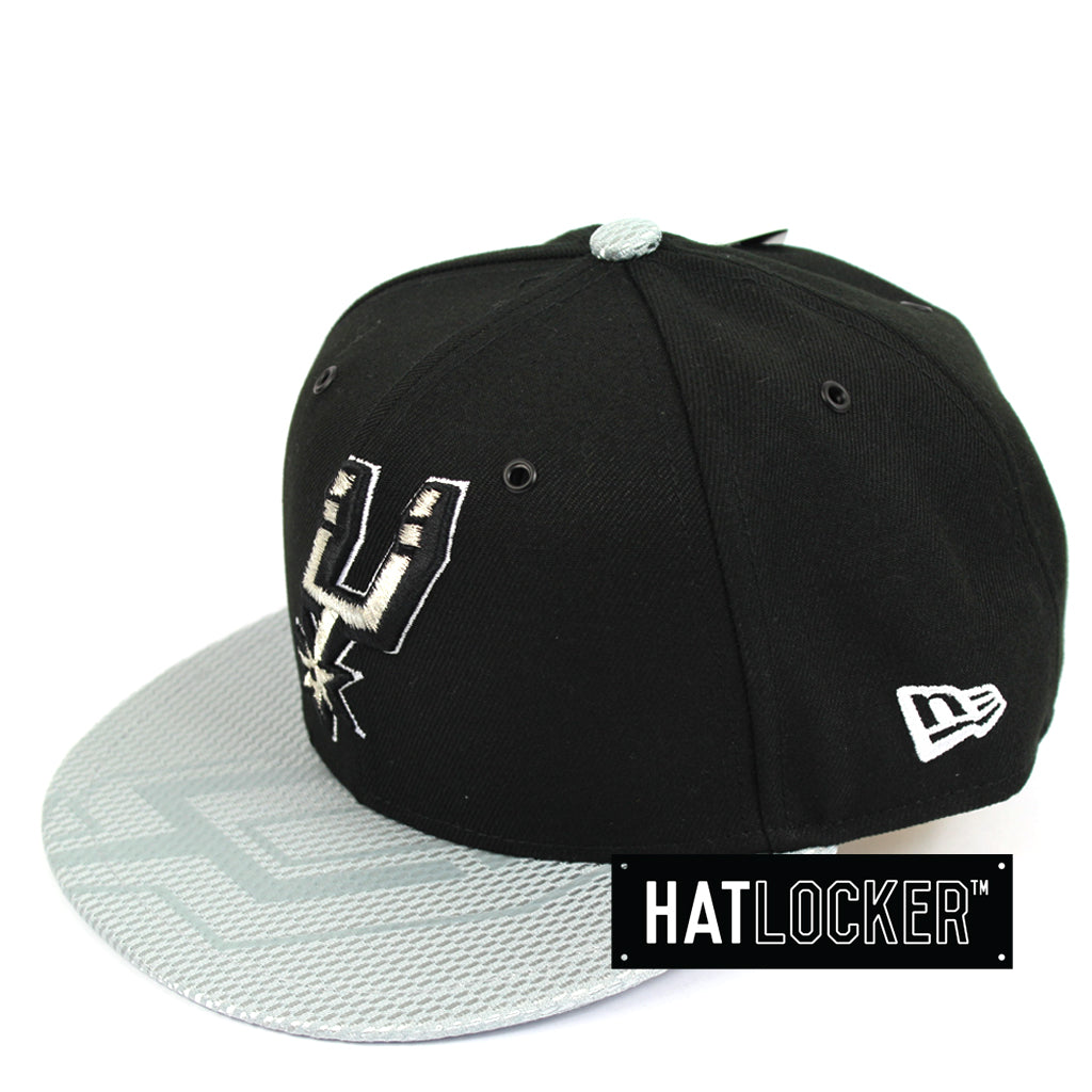 New Era San Antonio Spurs On-Court Emblem Collection Snapback Hat