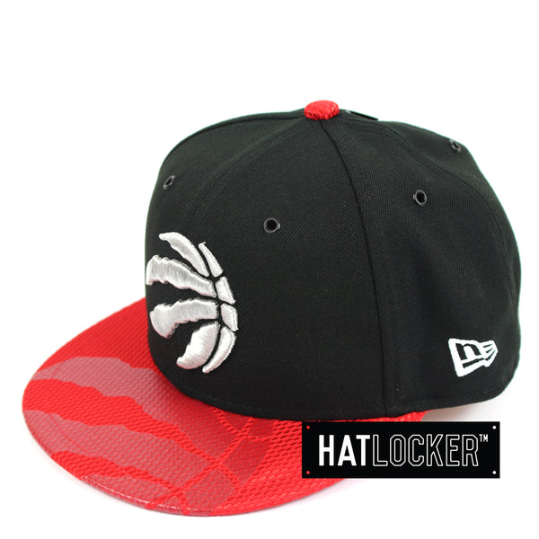 New Era Toronto Raptors On-Court Emblem Collection Snapback Hat