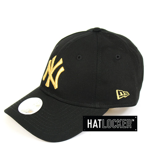 New Era Womens New York Yankees Black Gold Curved Brim Cap