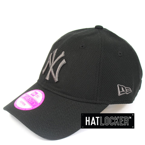 New Era Womens New York Yankees Diamond Era Black Curved Brim Cap