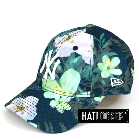 New Era Womens New York Yankees Teal Floral Curved Brim Cap