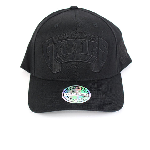 Mitchell and Ness Vancouver Grizzlies Black Tonal Jersey Snapback