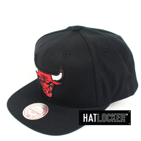 Mitchell And Ness Chicago Bulls Wool Solid Snapback Hat
