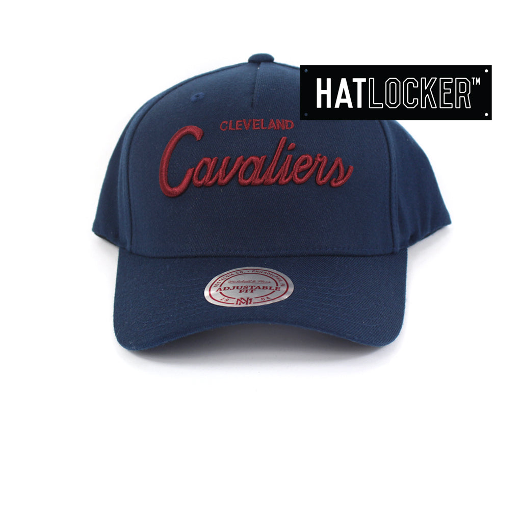 Mitchell And Ness Cleveland Cavaliers Classic Script Curved Snapback Hat