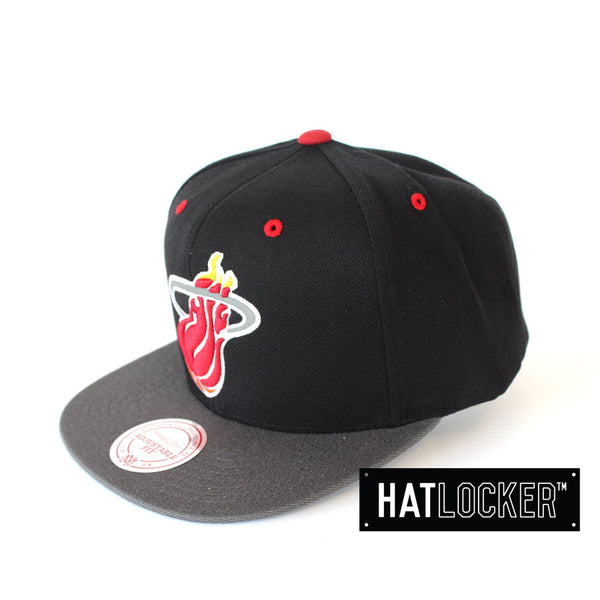 mitchell-ness-nba-miami-heat-reflective-snapback