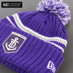 New Era Fremantle Dockers Team Colour Pom Knit Beanie