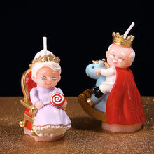 Load image into Gallery viewer, King Grandpa & Queen Grandma Candle