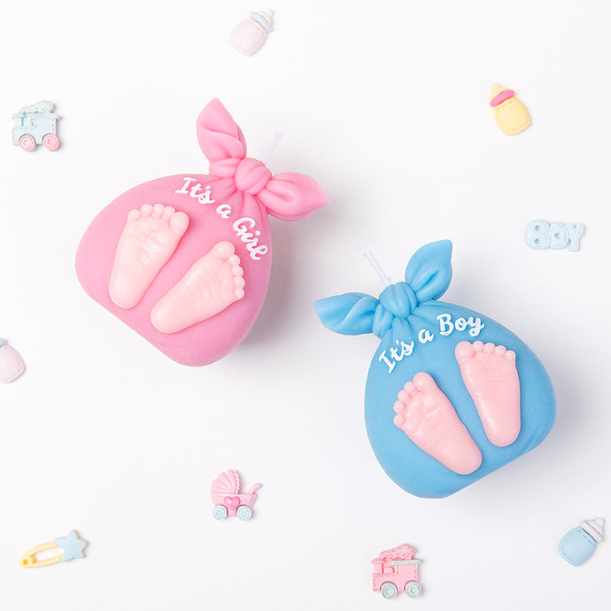 'It's a Girl' & 'It's a Boy' Baby Footprints Candle