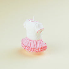 Load image into Gallery viewer, iLikePar 'It's a Girl' Bodysuit Candle