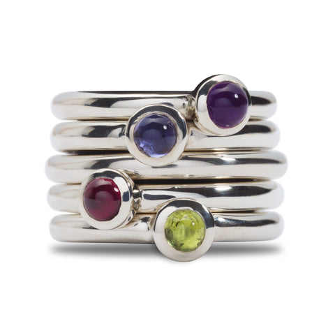 Silver rings with a choice of amethyst, iolite, garnet and peridote stone.