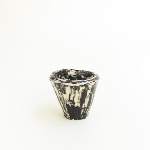 "2"" PLANTER - BLACK AND WHITE"
