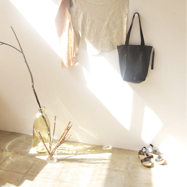 Leather Tote - NOIR