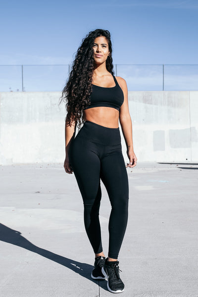 Form Leggings in Black