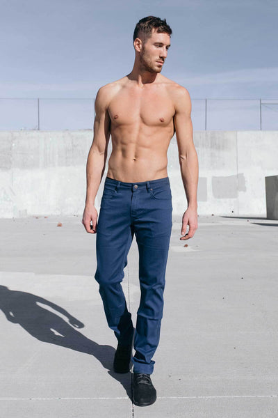 Athletic Chino Pant in Navy