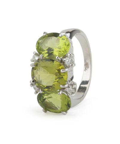 Mini 18kt White Gold Gum Drop Ring with Peridot