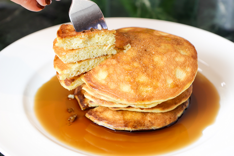 products/Good_Dee_s_Sugar_Free_Maple_Syrup_top_on_pancakes.png