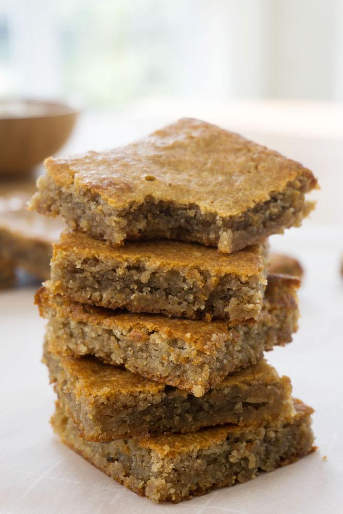 products/gluten_free_GoodDees_blondies_2.jpg