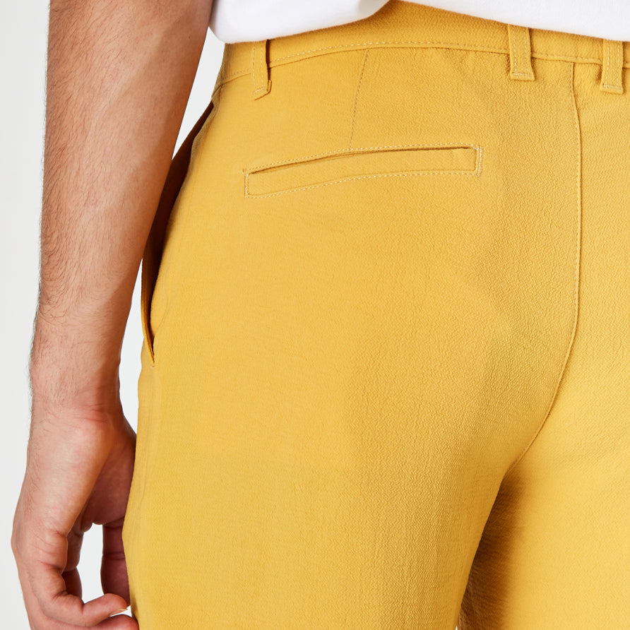 Holm Shorts - Matte Gold
