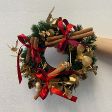 Load image into Gallery viewer, Small Wreath - Gold
