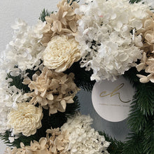 Load image into Gallery viewer, Christmas wreath - Layla