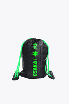 osaka gym sack in black and green