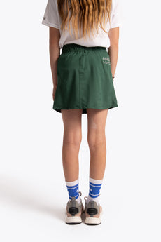 Girl training skorts green