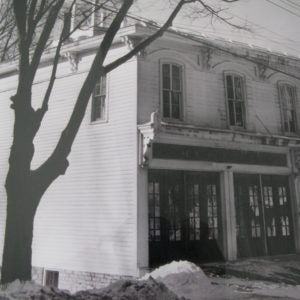 An old photo of a building.